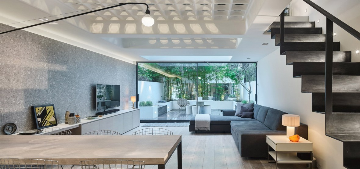 perf-house-andy-martin-architecture-residential_dezeen_hero-1_1.jpg