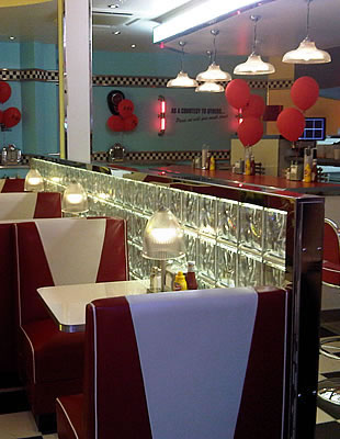 eds-diner-glass-block-wall_f01.jpg